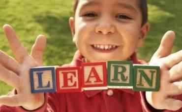 2 dil öğrenmek için kritik yaş 4